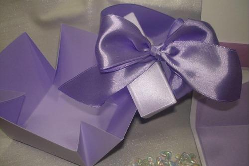 convite caixa flor cravejada lilas