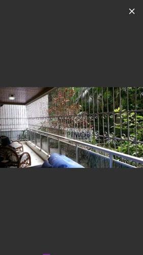 copacabana - lindo 3 quartos reformado com 2 vagas no posto 3. - ap0496