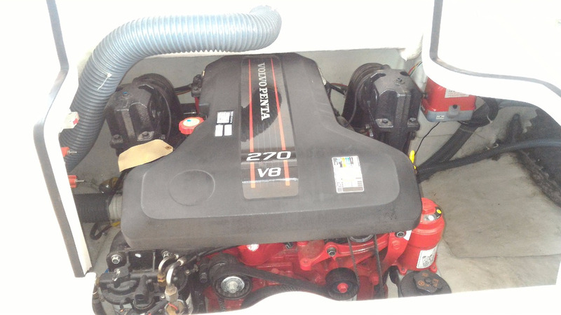 coral 27 full com motor volvo v-8 270 hp dps comando elet.