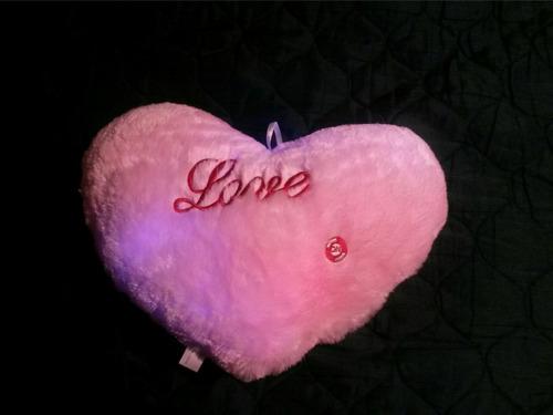 corazón almohada con luces de colores pila doble a