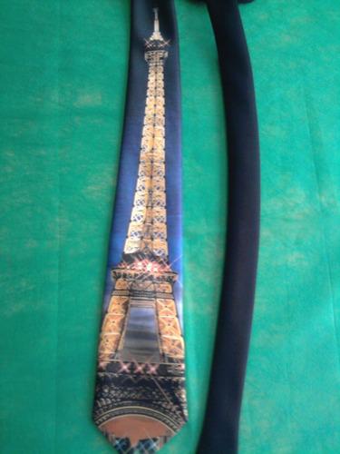 corbata artística torre eiffel, nueva sin uso!!