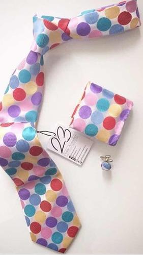 corbata blanca con pepas de colores + pañuelo & mancornas