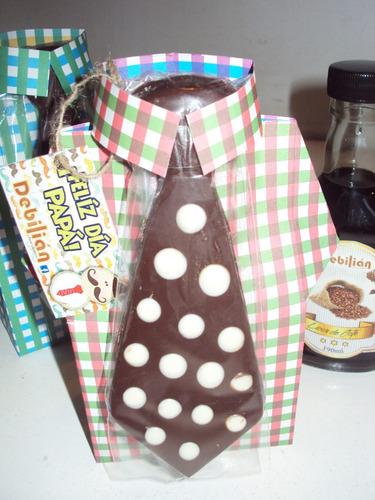 corbata de chocolate + camisa de carton souvenir regalo