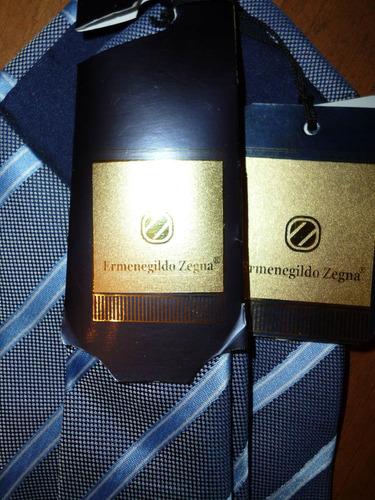 corbata ez cuadros pequenos gris, azul marino y azul cielo