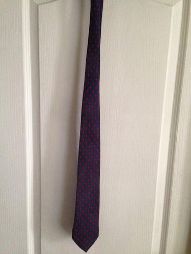 corbata marca ateseta 100 % seda
