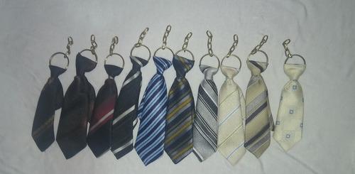 corbatas de llavero