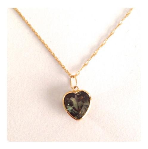 cordão feminino 50 cm e pingente coração cor verde