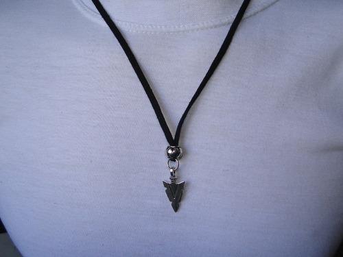 cordão masculino flecha prata,cordão preto +brinde