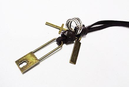 cordão,colar,masculino,cadeado,placa,argolas,cruz,moderno
