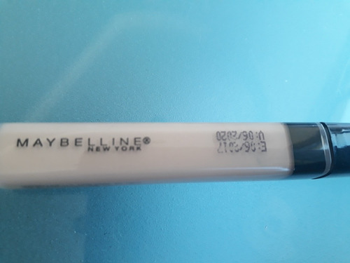 corector maybelline fit me