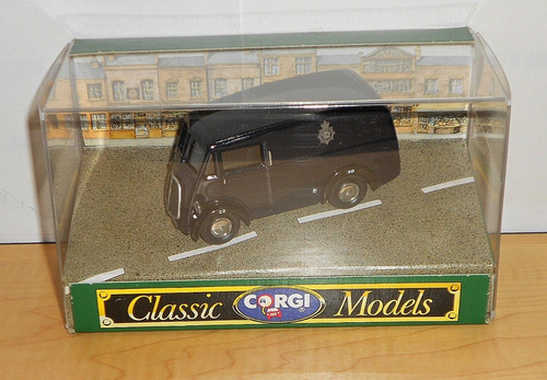 corgi  made in england  1/43 morris j van post office