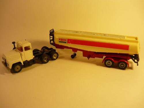 corgi major camión tanquero mack n°1151, años 1970´s