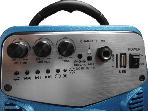 corneta amplificada usb control y entra microfono 110v