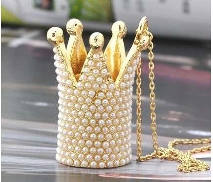 coroa de mini pérolas elegante e poderoso