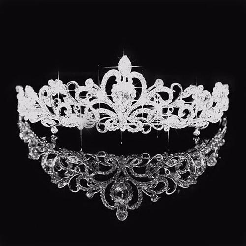coroa tiara prata noiva strass debutante promoção barata