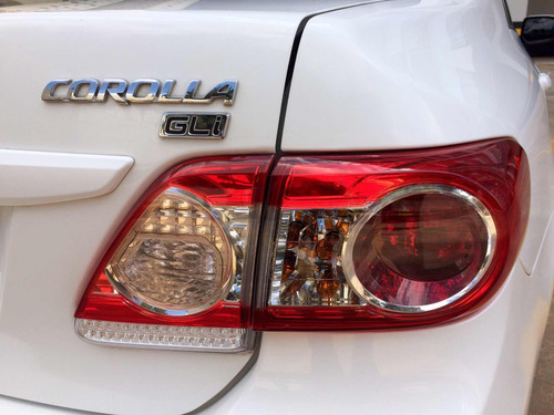 corolla 1.8 16v gli flex aut. 4p 2013