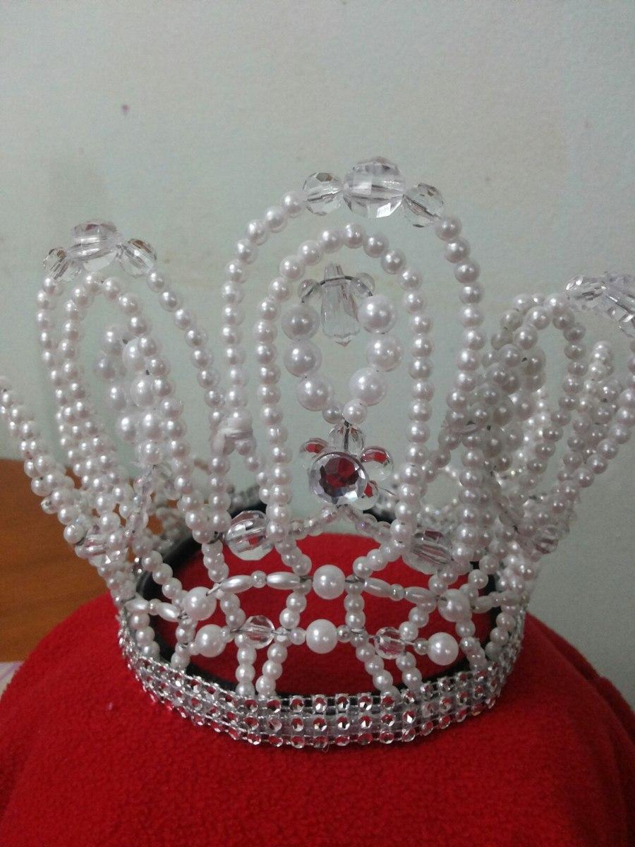Coronas De Perlas Para Reinas Reyes Princesas Y Principes