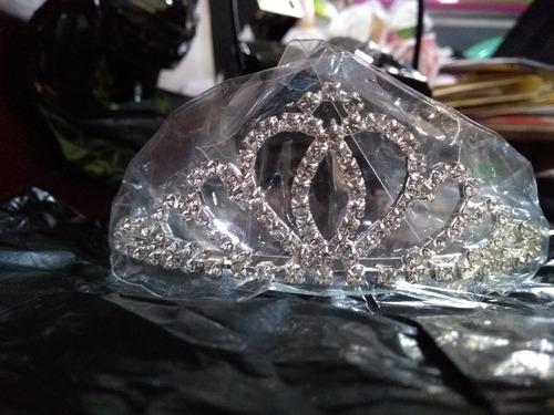 coronas para niñas, quinceañeras y novias.