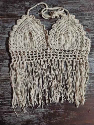 corpiño de bikini tejida al crochet
