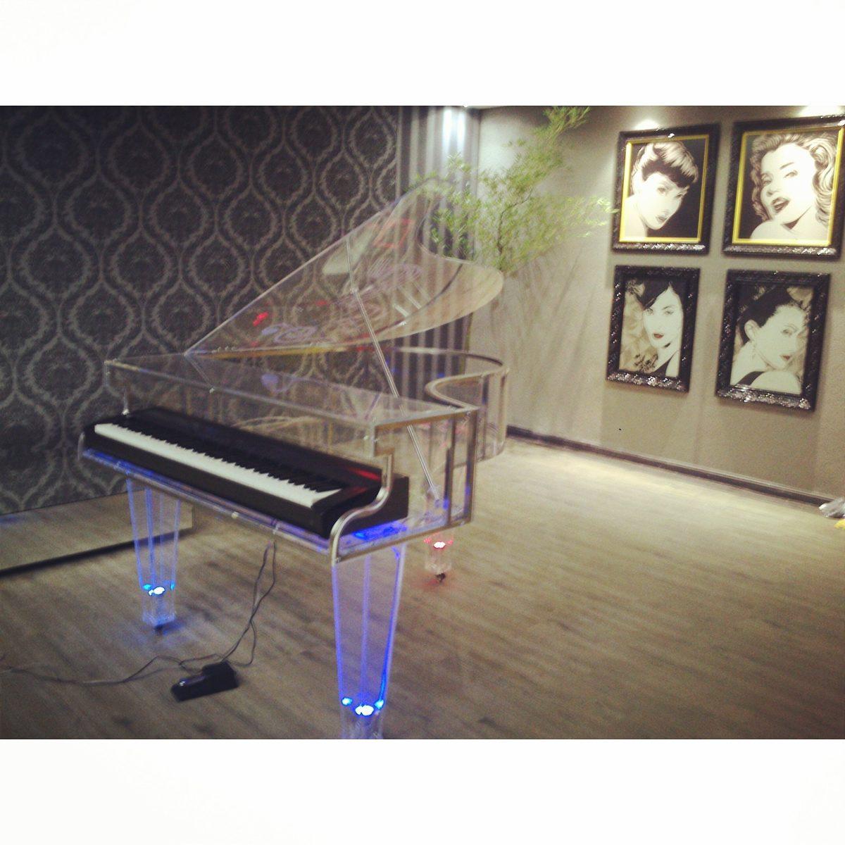 corpo de piano 1 4 de cauda em acr lico radra acr licos r em mercado livre. Black Bedroom Furniture Sets. Home Design Ideas