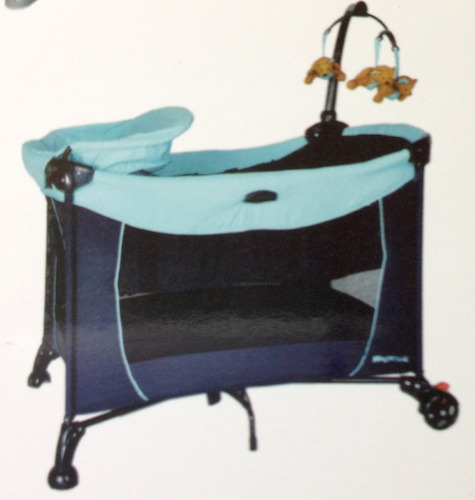 corral con cambiador, movil y mosquitero color tonos azul
