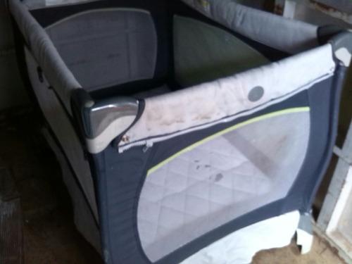 corral de bebe marca chico usado con un detalle en malla