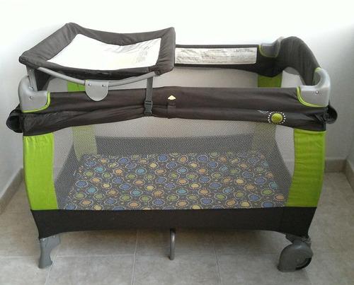 corral y silla de comer para bebe evenflo