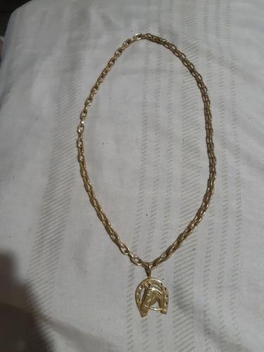 corrente 60cm 8mm pingente ferradura feito em moeda antiga.