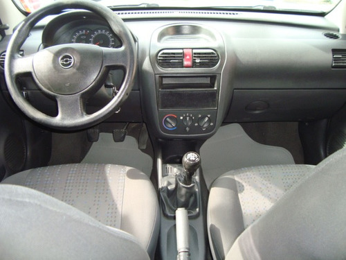corsa 1.4 hatch maxx - 2010