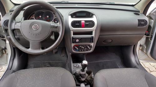 corsa 1.4 mpfi premium sedan 8v flex 4p manual