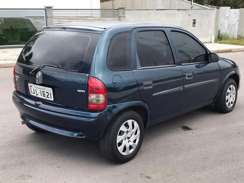 corsa 1.6 mpfi super 8v gasolina 4p manual  2001