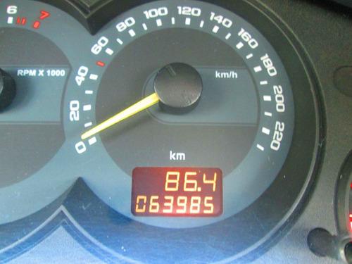 corsa classic 2010 apenas 63.000 km impecável 4 pneus novos