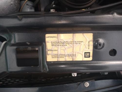 corsa hatch premium 1.4 econoflex - 2010