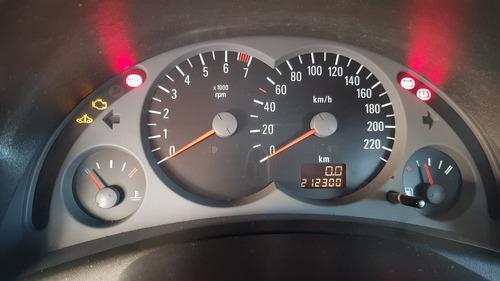 corsa sedan 1.0 2003 preto