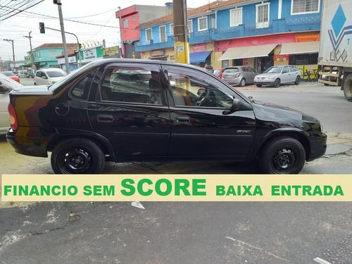 corsa sedan 2008 financiamos com score baixo
