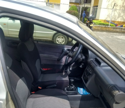 corsa sedan 4 puertas modelo 97 rin 14