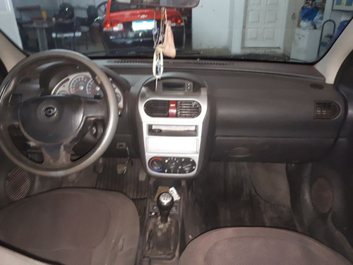 corsa sedan chevrolet