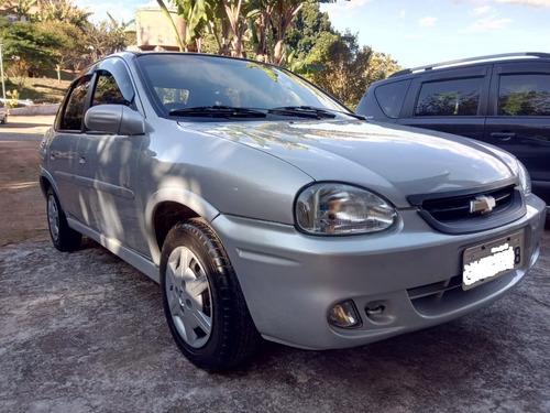 corsa sedan gls - 1.6 - 16v - completo - gasolina - 1999