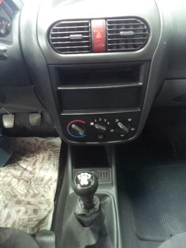 corsa sedan maxx 1.8 flexpower 8v 2005 /2005 bege confira !!