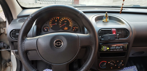corsa sedan maxx 2005