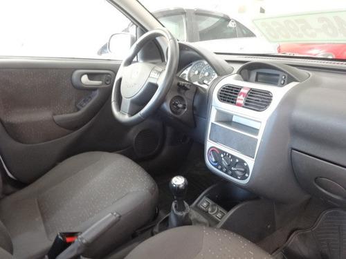 corsa sedan premium 1.8 flex 2009