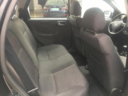 corsa sedan prmium 1.4