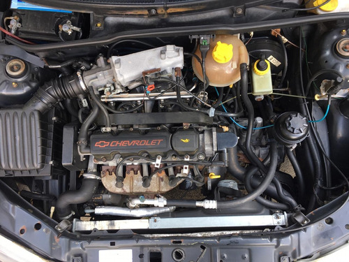 corsa wind 3p manual c/ ar-condicionado e direção hidraulica