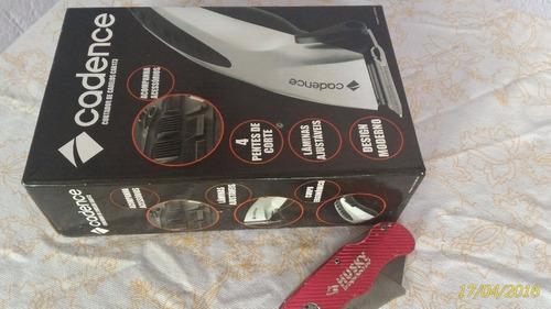 cortador de cabelo cadence+acessórios+pentes+tesoura.