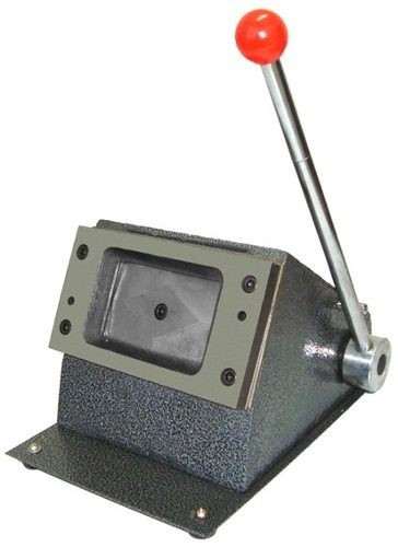 cortador de cartão e crachás em  pvc profissional 86 x 54mm