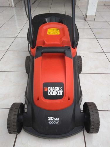 cortador de grama elétrico com recolhedor black decker..