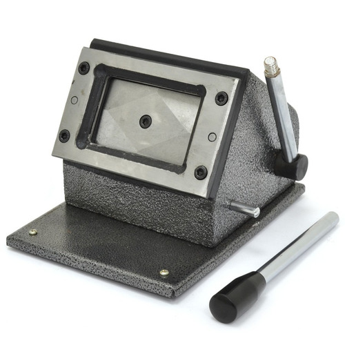 cortador para cartão de pvc crachá 86x54mm de mesa (manual)