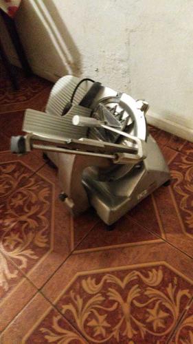 cortadora de carne hobart usada valor 600 mil conversable