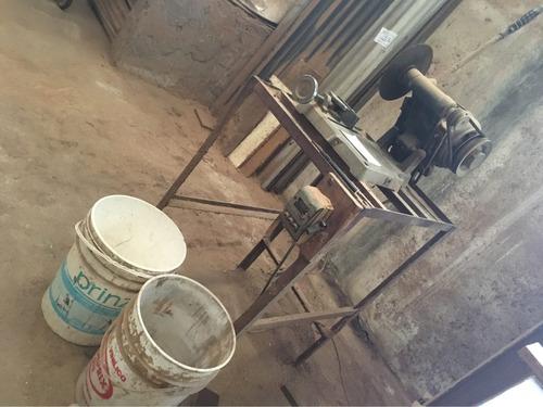 cortadora sensitiva con motor y disco con pedestal