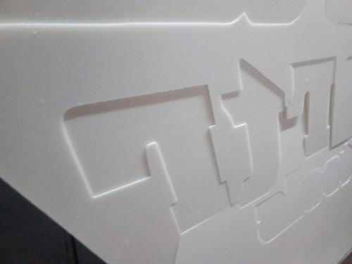 corte de letras, logos en polyfan corpóreas